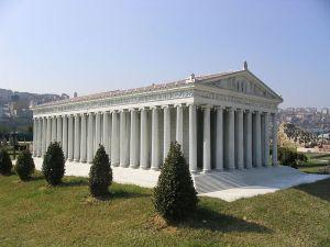 Model of Temple of Artemis  Istanbul, Turkey www.wikimedia.org